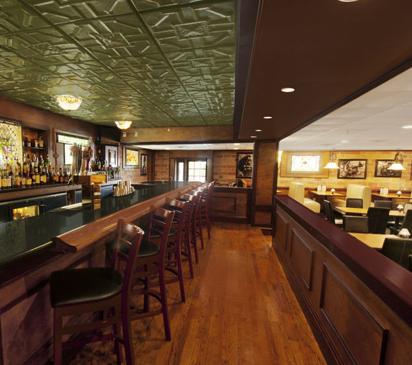 mimslyn inn speakeasy bar
