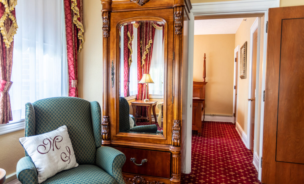 Roosevelt Room with Armoire